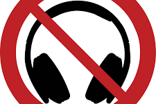 Students Outraged By New Headphone Policy