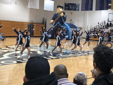 Winter Sports Lead off the Season with the Pep Rally